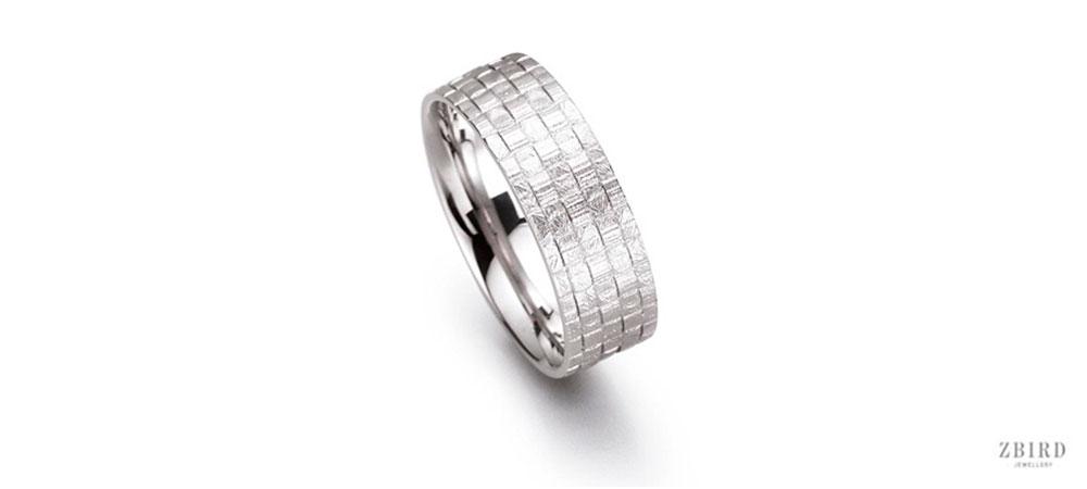 Обручальное кольцо бочонок